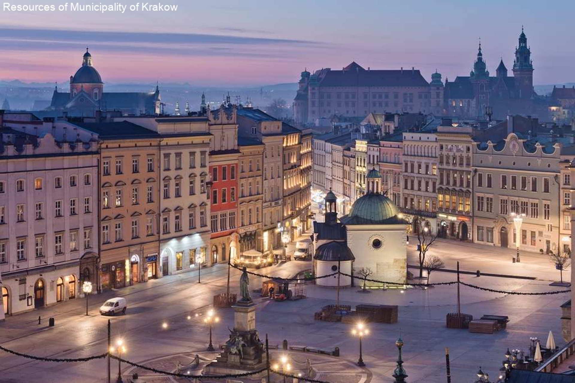 11 Rynek Główny, Kościół św. Wojciecha, Kamienice, Pomnik Mickiewicza, Noc